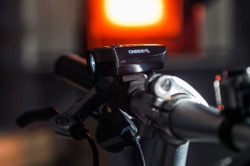 Велосипедна фара Onride Eye 400