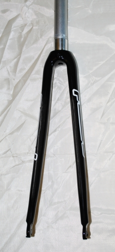 Карбонова вилка Focus Carbon+alu